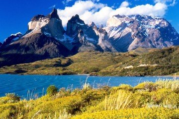 Chile-Patagonia-Torres_del_Paine-National Park-by Miguel Vieira-Licensed under Public Domain-via Wikimedia Commons