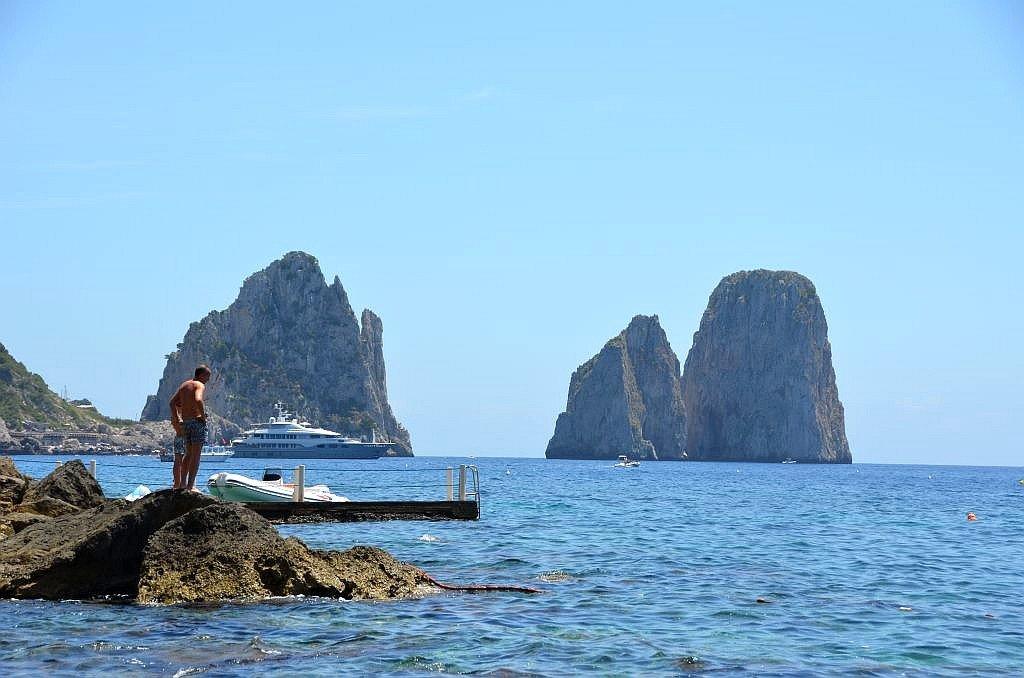Capri- Faraglioni1 - 1024 x 678