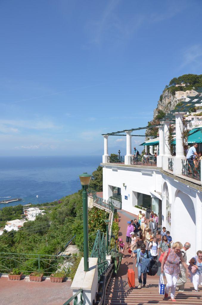 Capri-Piazzetta - 678 x 1024