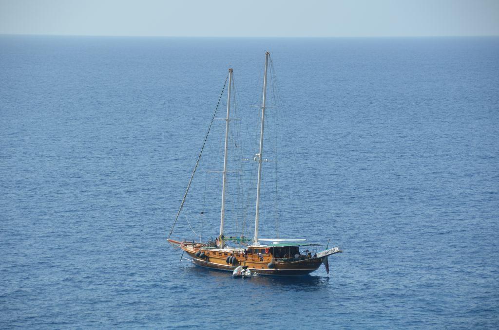 Capri-Sailboat - 1024 x 678