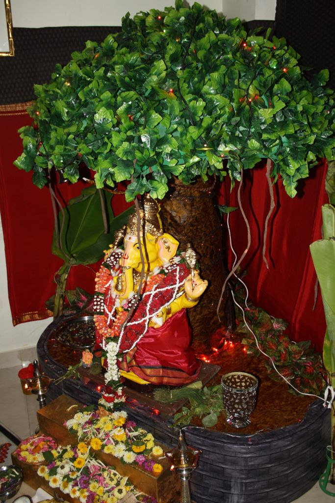 Ganpati-decoration-tree-by Deepa