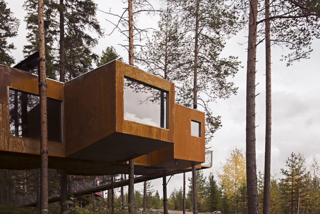Swedish Treehotel-dragon-extrerior3a - 1024 x 683