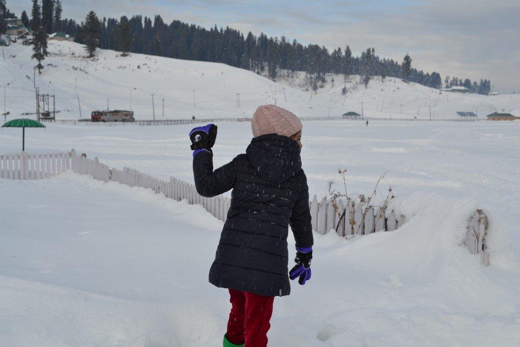 Snow fight!