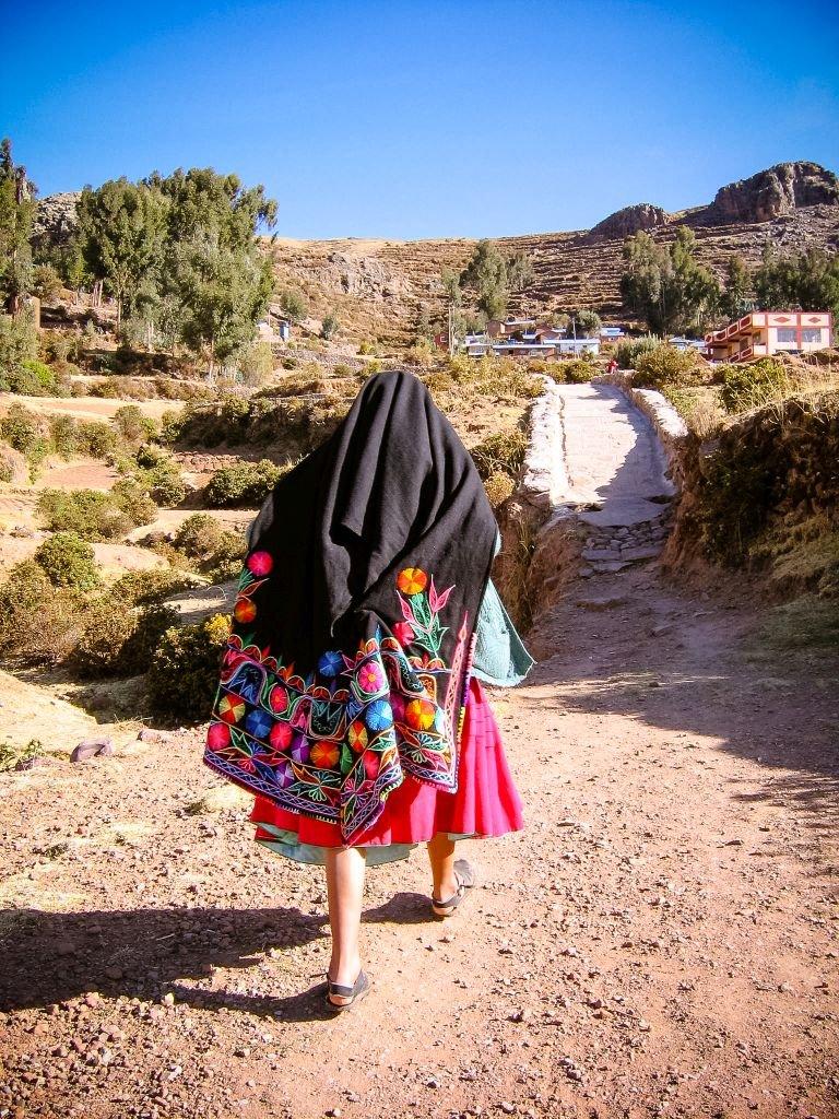 Peru hiking2 Lori - 768 x 1024