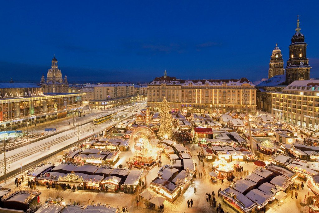 Christmas breaks Europe - Striezelmarkt, Dresden. Photo: Silvio Dittrich