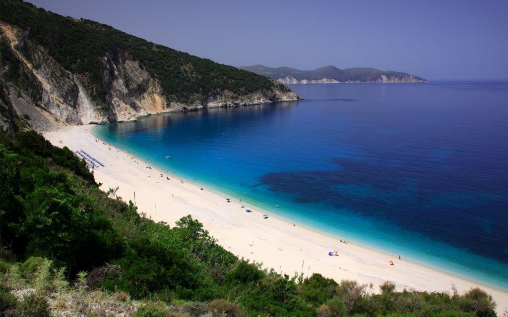 Greece-kefalonia-Myrtos-VisitGreece