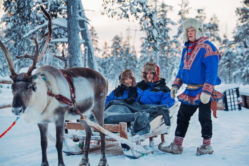 Kakslauttanen reindeer safari - 1024 x 682