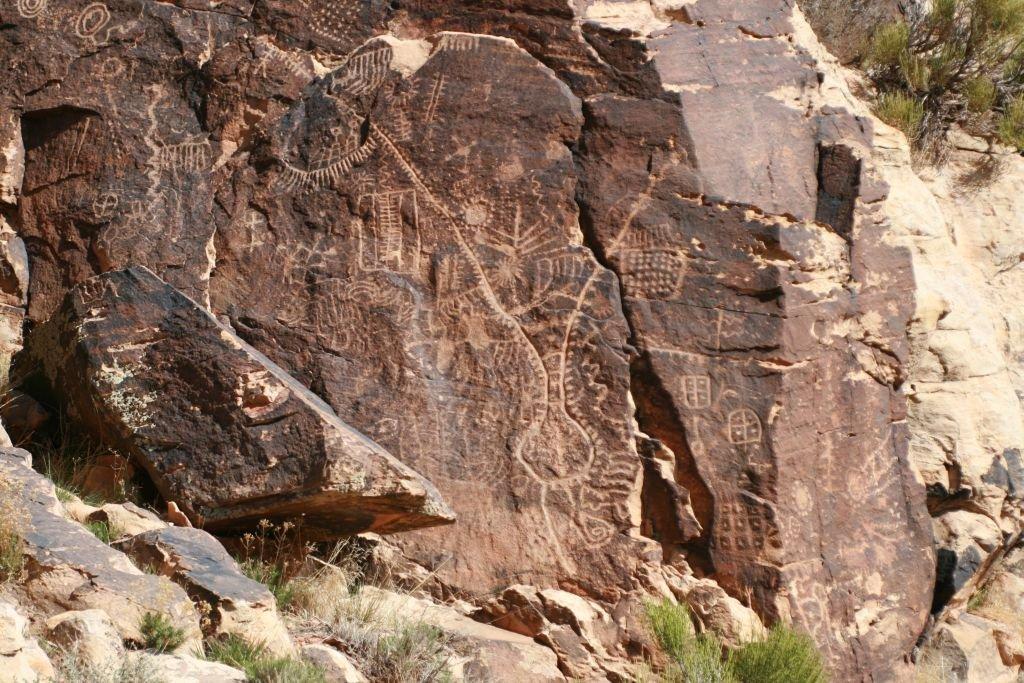 Parowan Gap petroglyph Zipper. Photo: Visit Cedar City