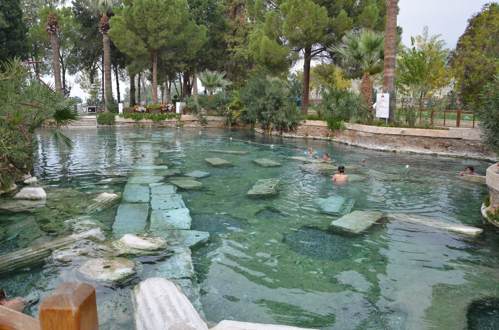 Turkey-Pamukkale-Cleopatra Thermal pool- by Shankar s.-CC 2.0 via Flickr