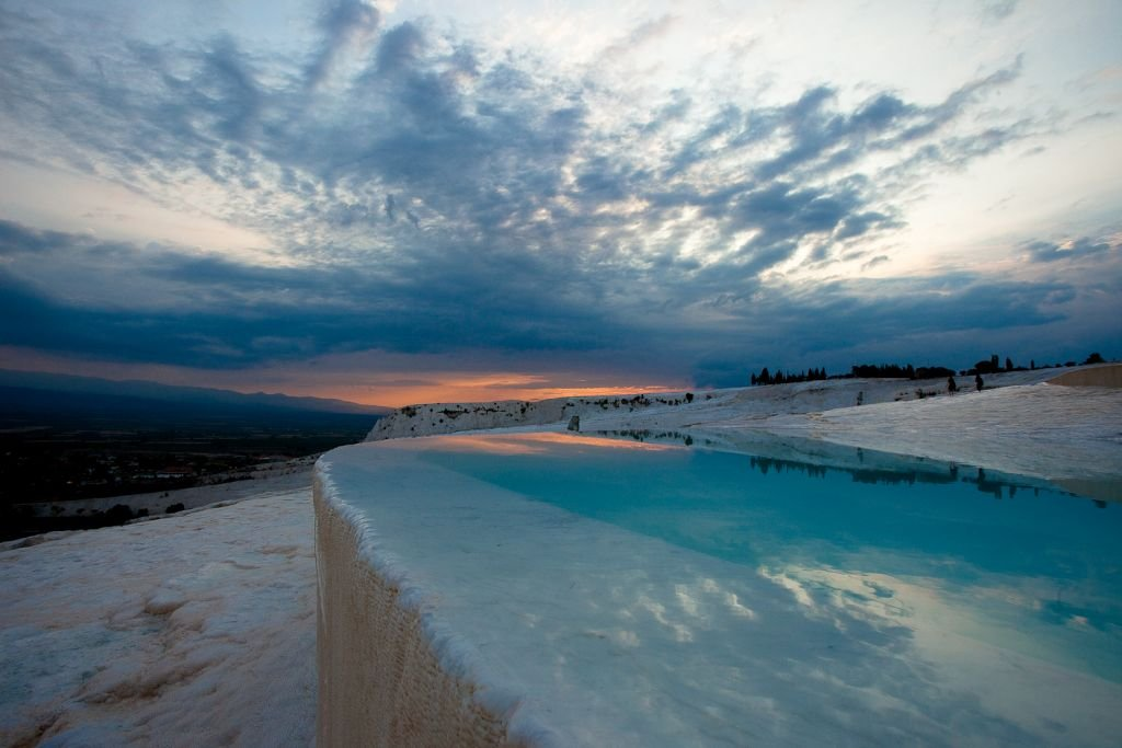 Turkey-Pamukkale-Sunset-Esther Lee - CC2.0 via Flickr