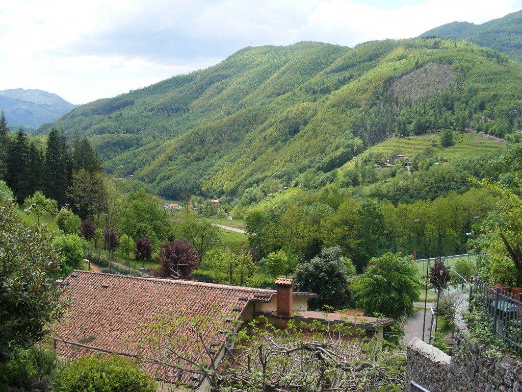 Tuscany villages Photo: John W. Schulze via Flickr