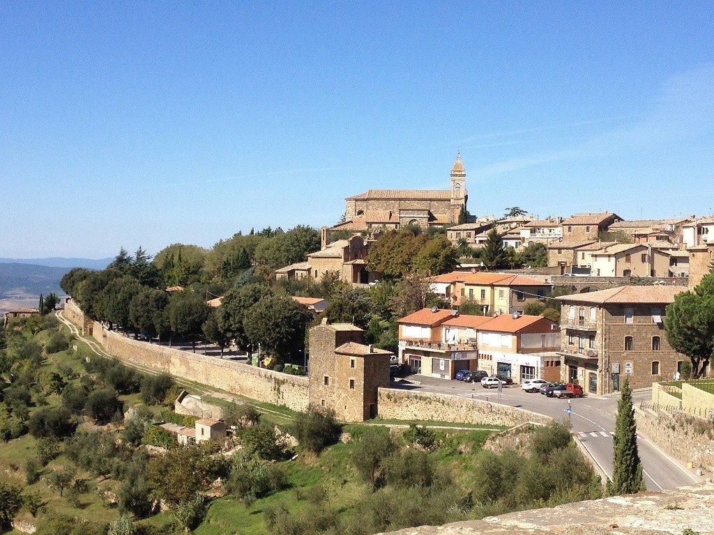 Tuscany villages Photo: CK Golf via Flickr