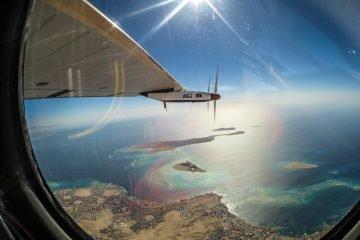 Landing - Abu Dhabi Photo: solarimpulse.com