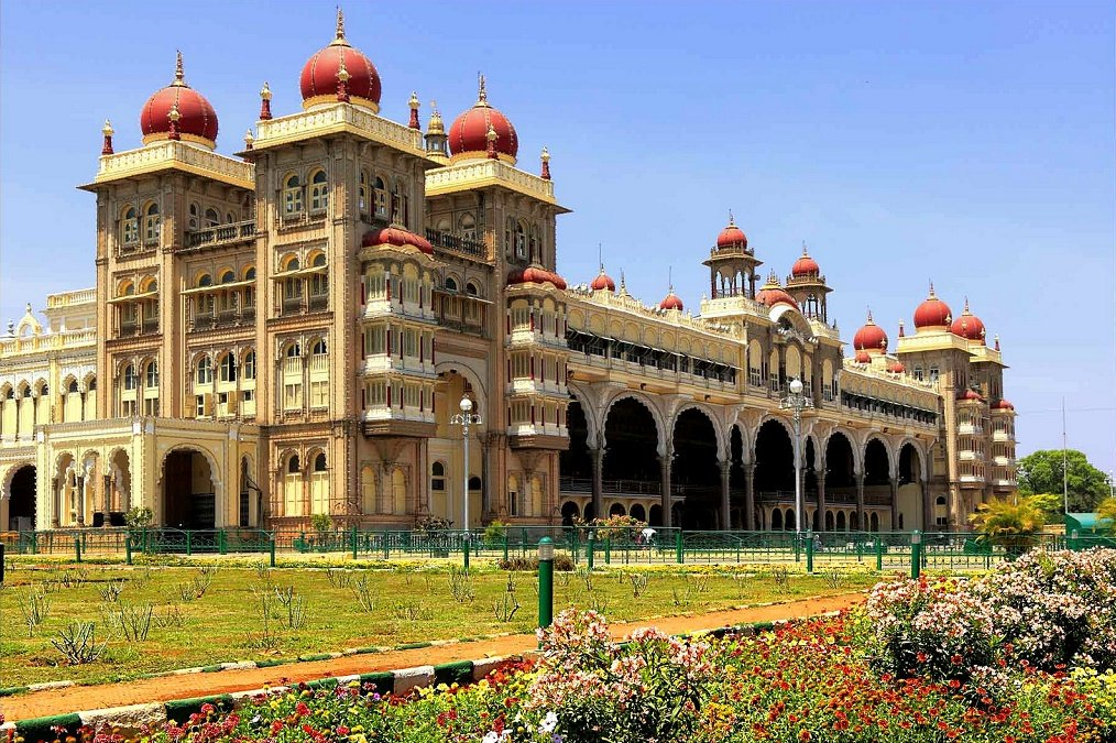 Mysore Palace in Indo Saracenic style Photo: Ramnath Bhat via Flickr