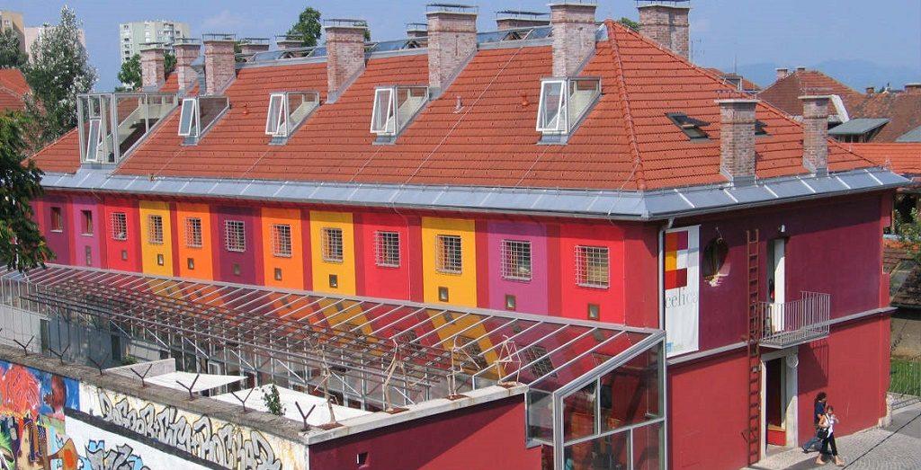slovenia llubljana hostel celica_zunaj