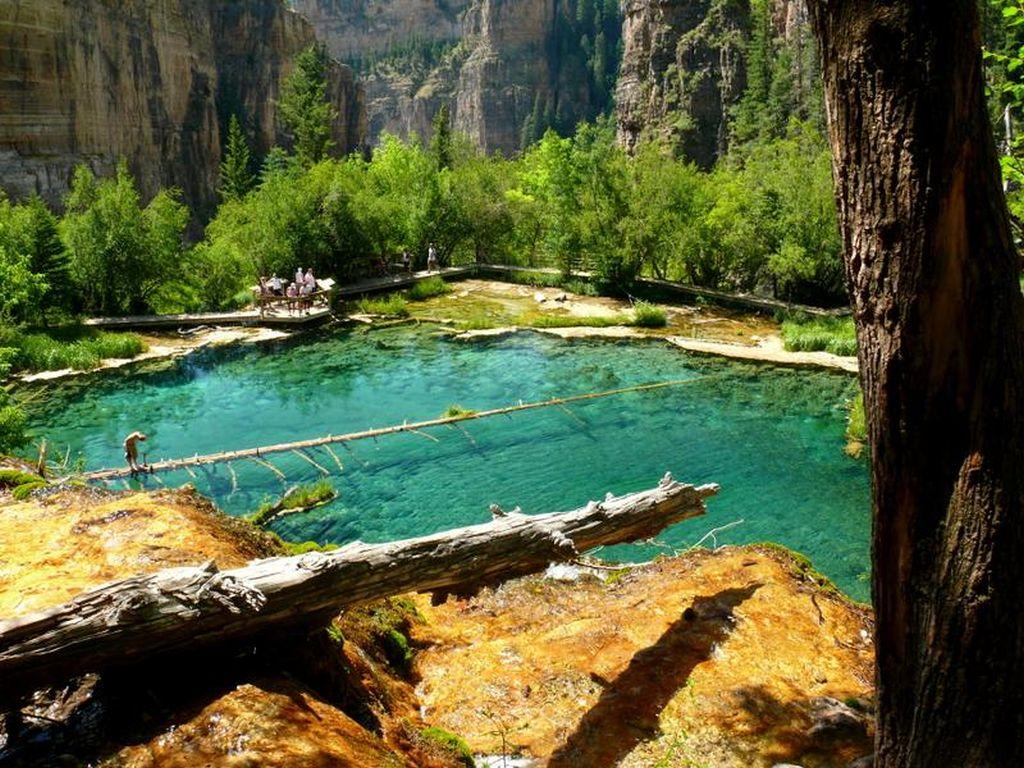 hanging_lake_colorado