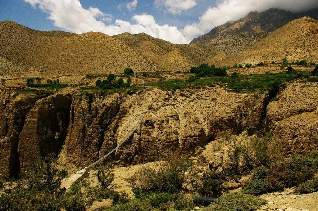 nepal-suspension-bridge