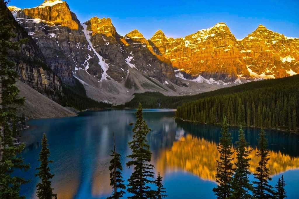 canada travel moraine lake
