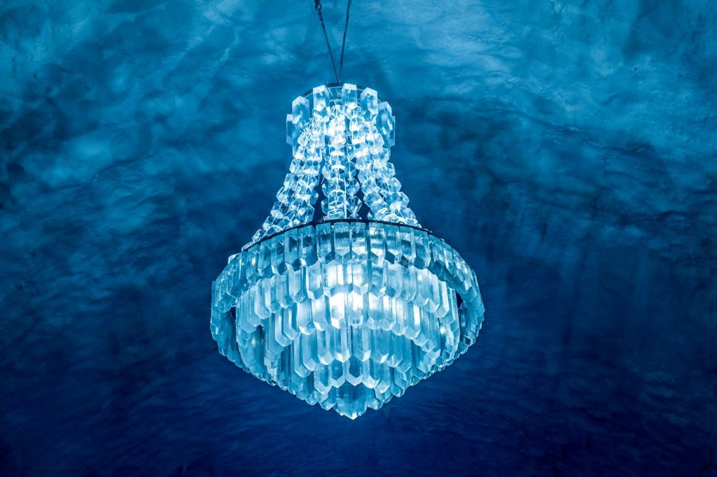 icehotel 365 ice chandelier