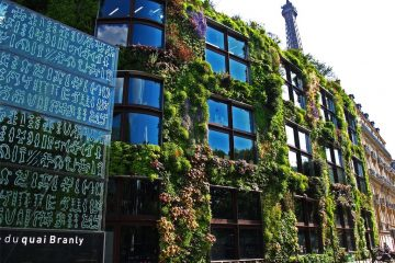 living walls - The Quai Branly Museum in Paris, France. Built in 2005