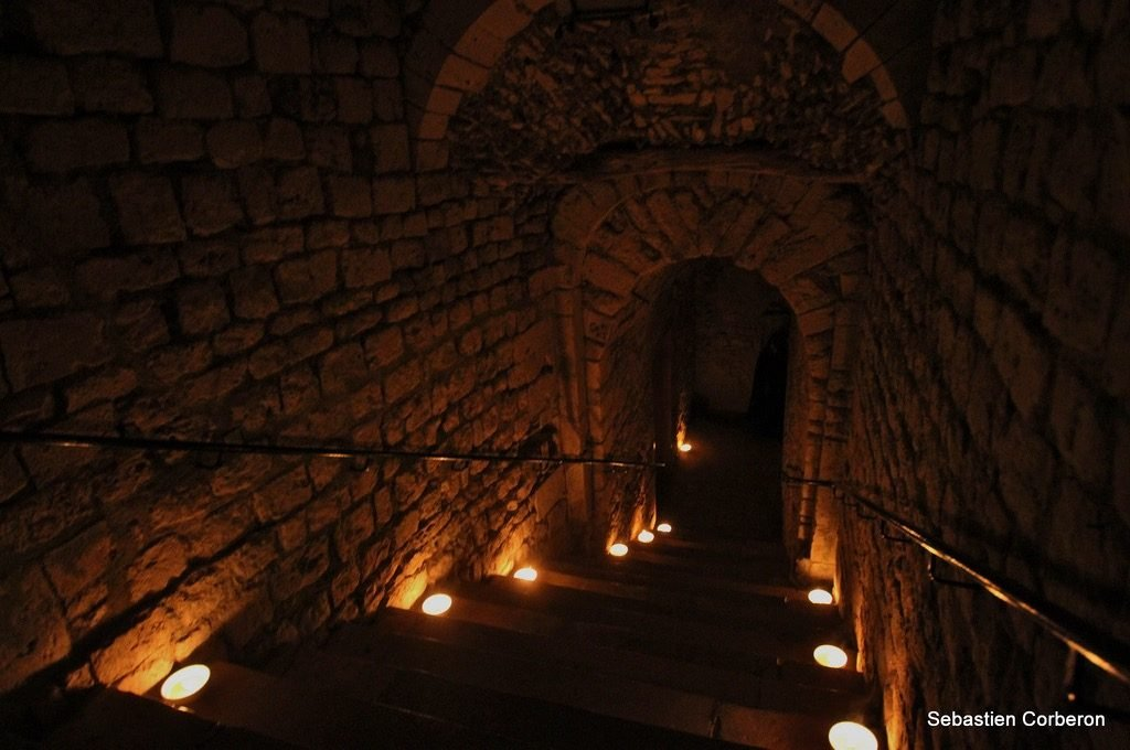 underground galleries day trips from paris provin france