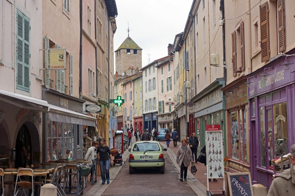 day trips from paris cluny france