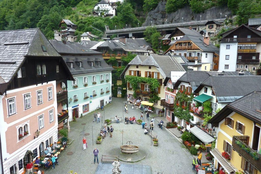 hallstatt-market square