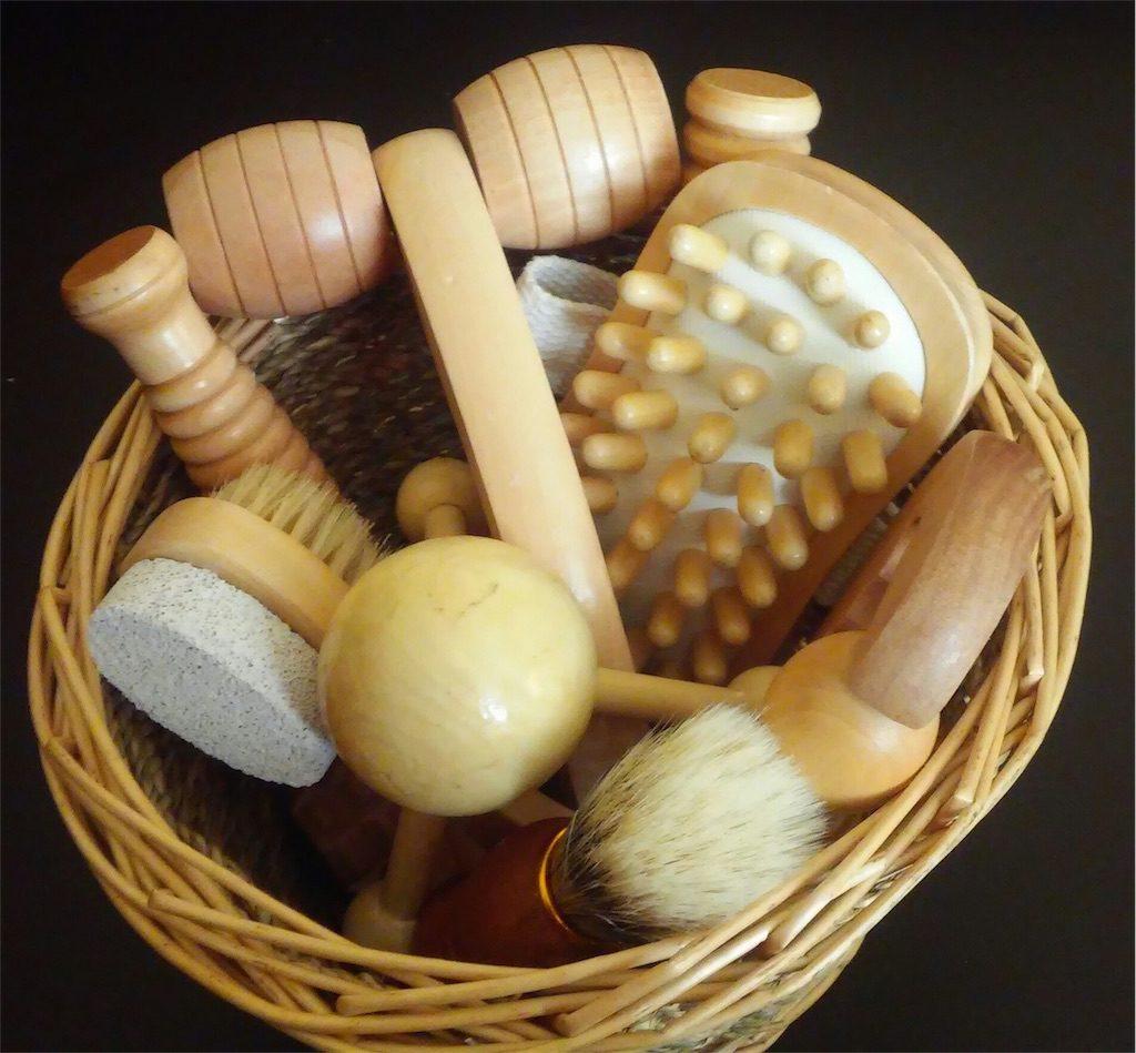 Plastic Wooden Brush