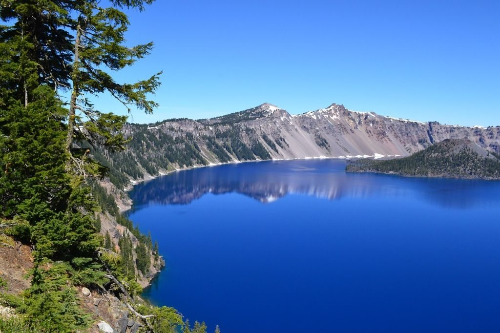 crater lake pacific crest trail