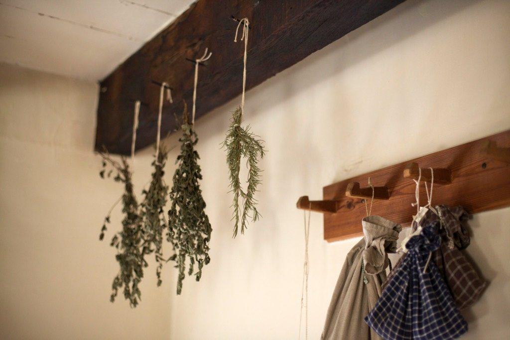 DIY Dried Herbs