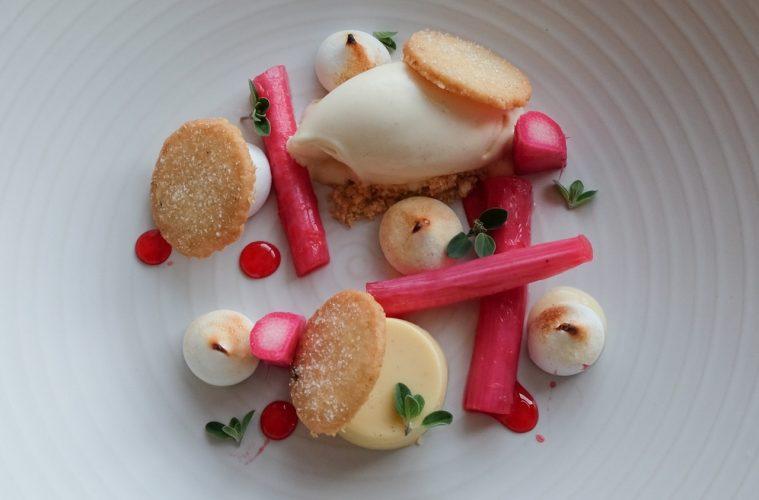 rhubarb and custard recipe