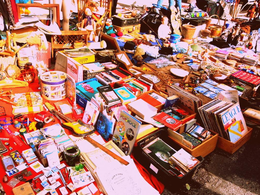 Vintage antiques displayed at Feira da Ladra Flea Market
