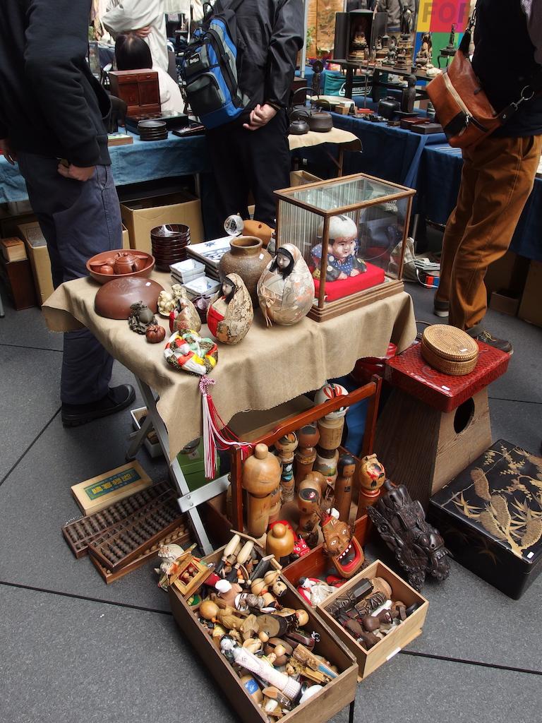 Goods at Oedo Antique Market