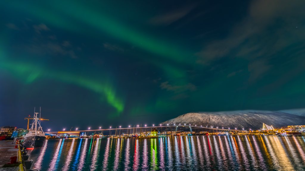 Beautiful Tromso © Derek Burdeny