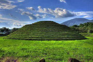 Mexico travel Green Pyramid