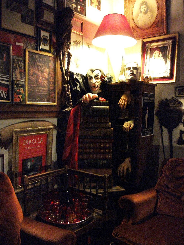 Le Musée des Vampires in France