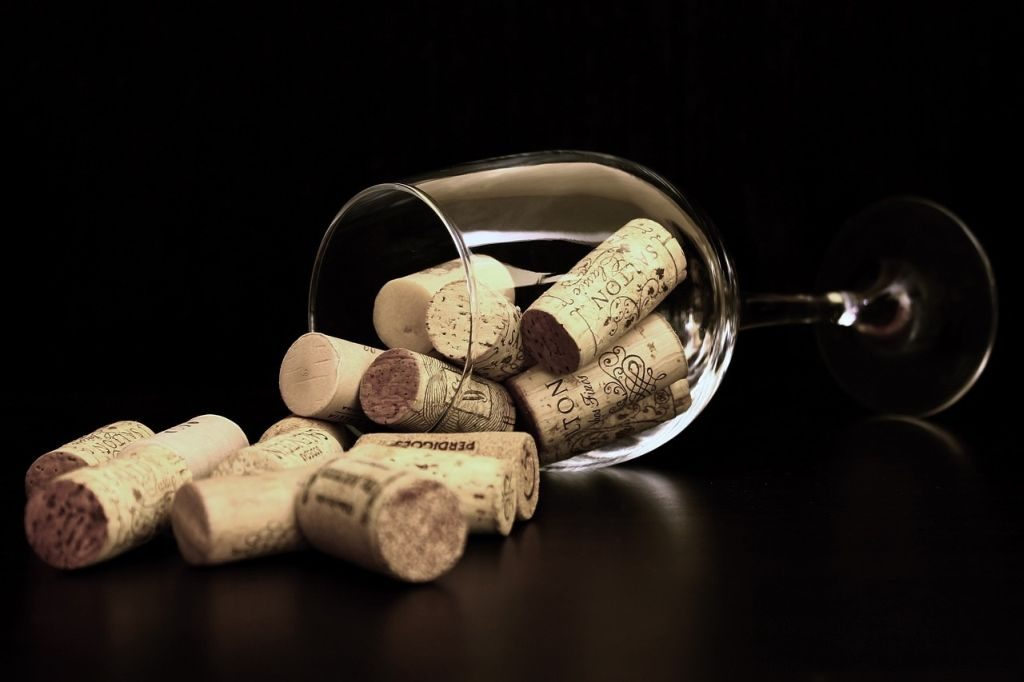 gardening tips wine corks