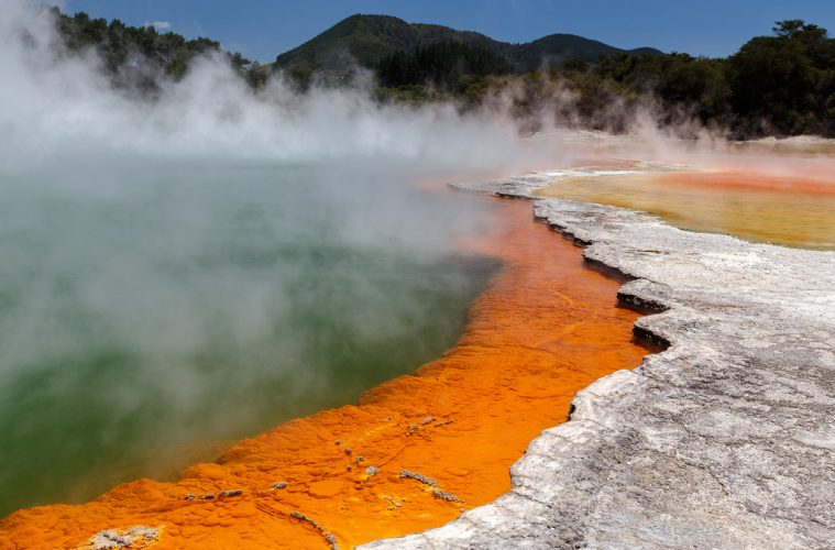 wai-o-tapu new zealand travel
