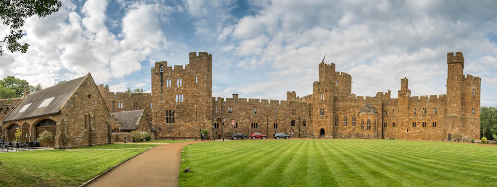 Castle hotel Peckforton Castle