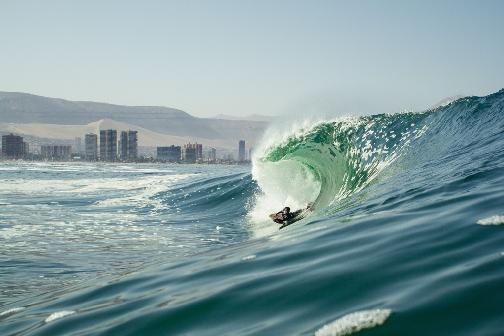 Surfing the El Gringo wave