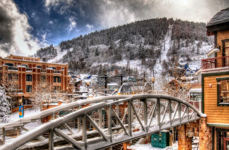 Best Destinations For A Ski Vacation