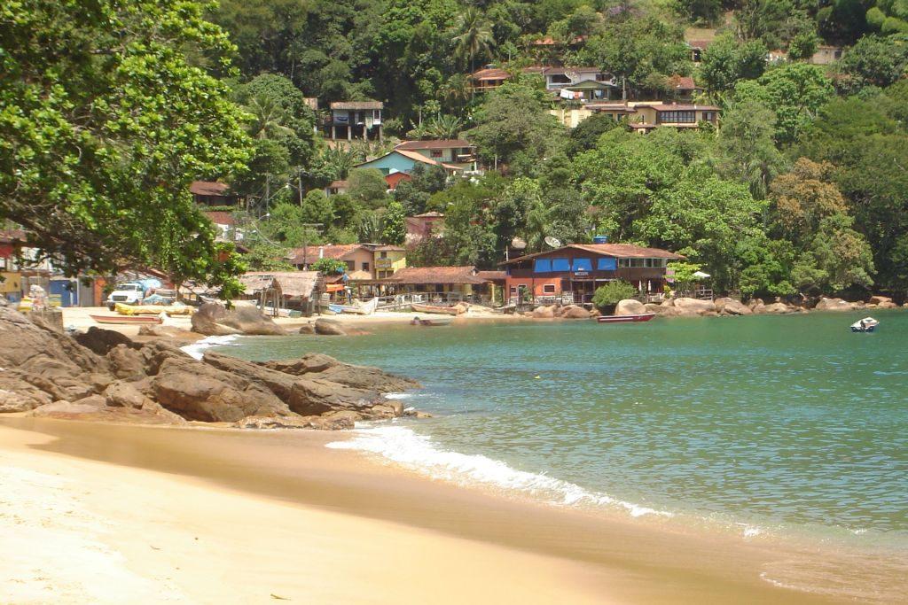 Praia_e_Vila_de_Pescadores_de_Picinguaba Brazil
