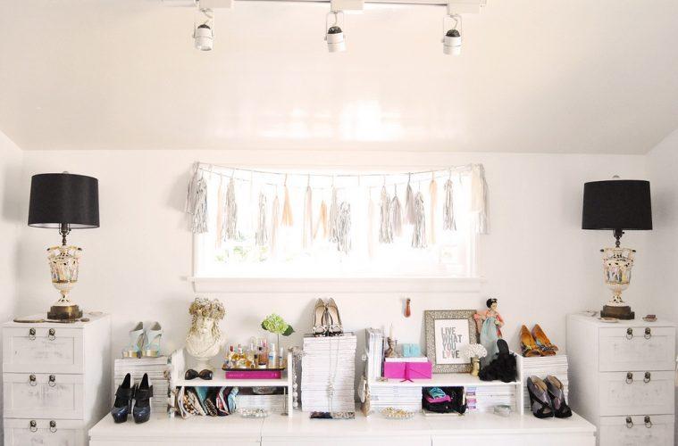 Organized bedroom closet organizer