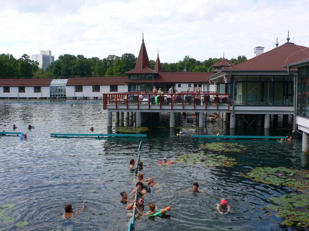 Hevitz, Hungary: Lake Heviz