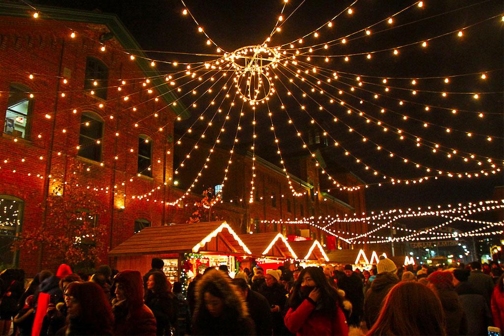 Toronto Christmas Market, Distillery District- Toronto, Canada