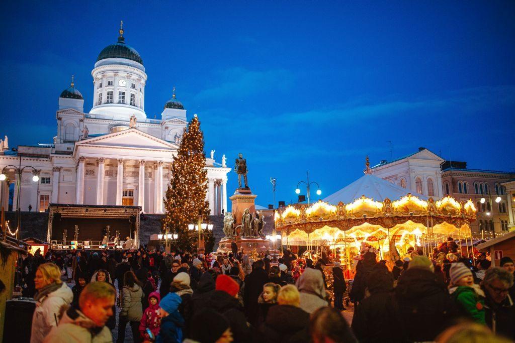 helsinki christmas market - 1024 x 683 finland