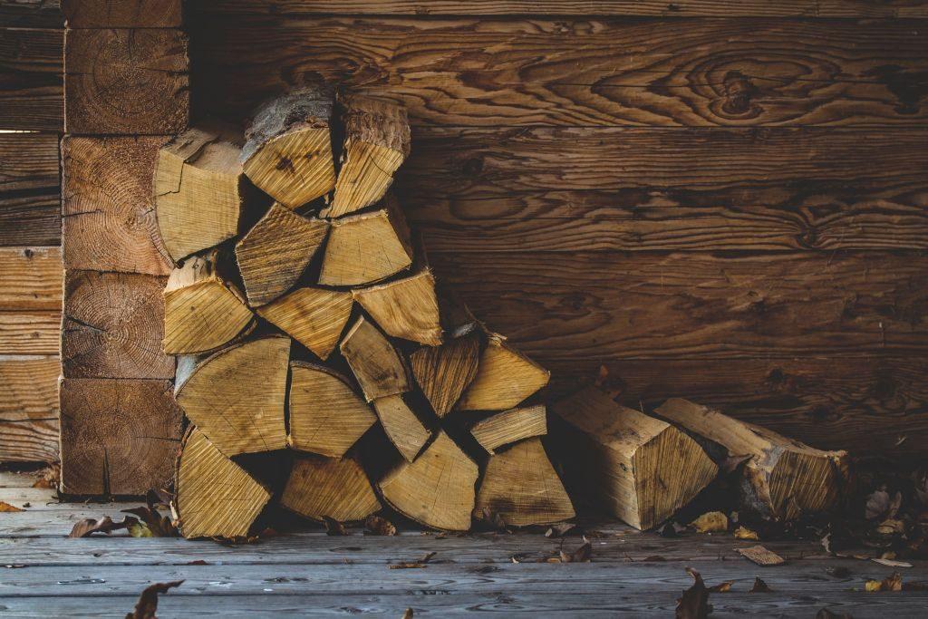 christmas tree decorations wood