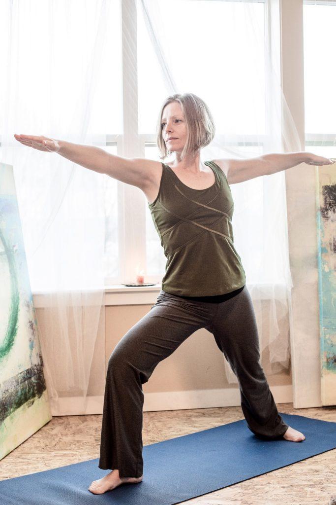 Beginner yoga warrior pose