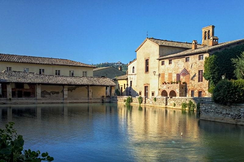 Best hot springs to soak in on your tuscany trip - Hotel a bagno vignoni italia ...