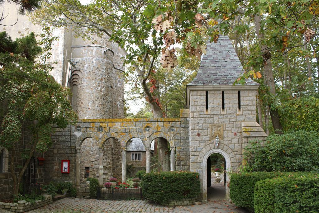 Hammond Castle is a medieval wonder that hosts parties similar to those thrown in the medieval era
